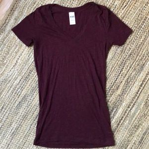 PINK women's maroon plum shirt sleeve T-shirt